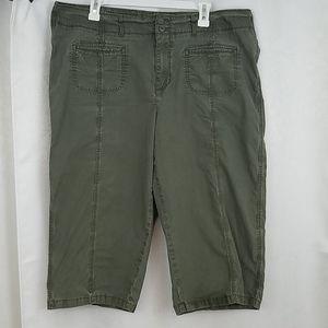 Sonoma Capri Pants Size 16W